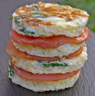 omelette de salmon y queso