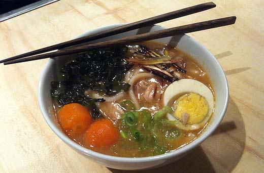 Sopa Udon Japonesa casera y deliciosa